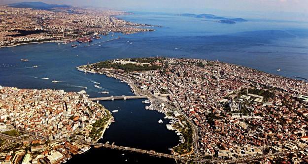 İstanbul ortadan ikiye ayrılacak!