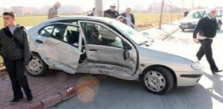 İzmir'de trafik kazası: 3 ölü