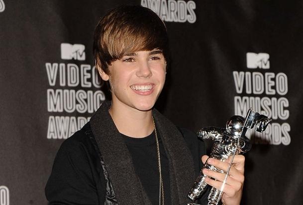 Justin Bieber hayranlarına müjde