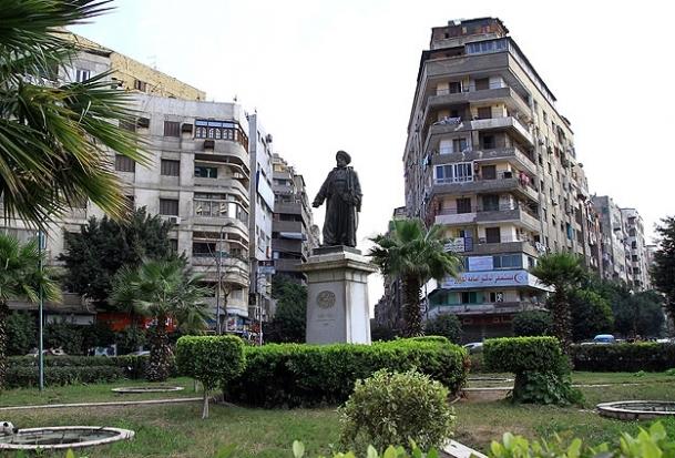 Kahire'de 'Lazoğlu' heykeli