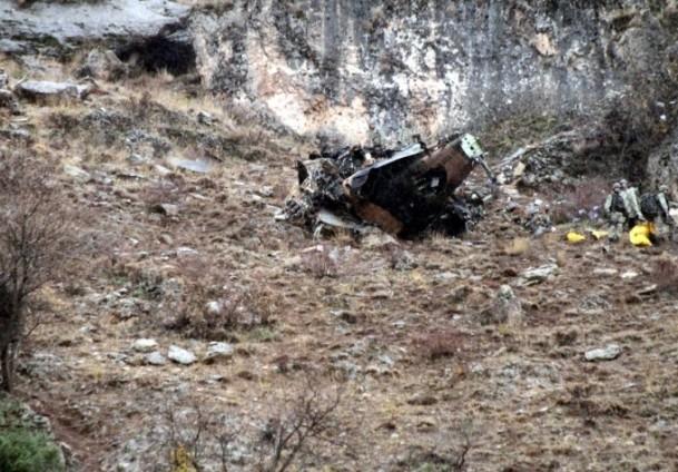 Kaliforniya'da helikopter düştü