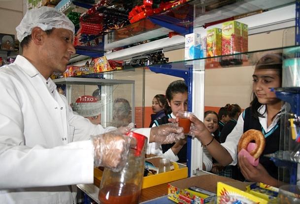 Kantinlerde ''kalori sınırlamalı satış'' dönemi