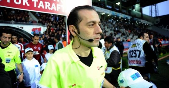 Katar-Ürdün milli maçını yönetecek