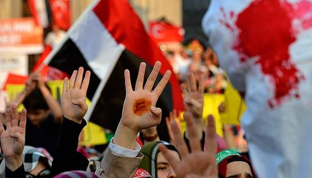 Katliam direnişin sembolüyle protesto edildi