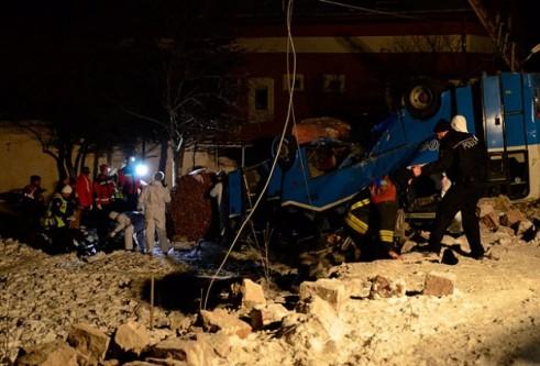 Kayseri'de katliam gibi kaza: 11 ölü