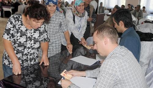 Manisa'da okullarda çalıştırılmak üzere 60 geçici işçi alındı