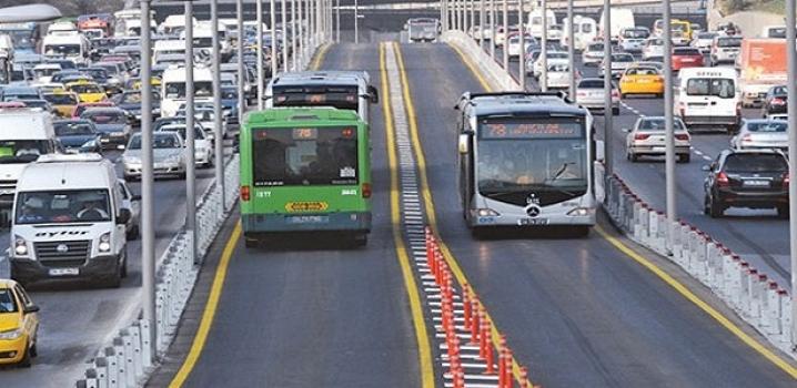 Metrobüs Durağında 30 Günlük Çile !