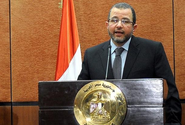Mısır Başbakanı Kandil'in konvoyuna ateş açıldı