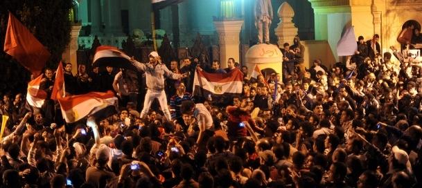Mısır'da muhalefet meydanlara iniyor