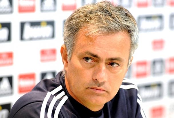 Mourinho'ya anket şoku