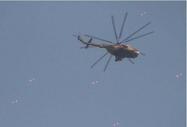 Muhalifler helikopter düşürdü