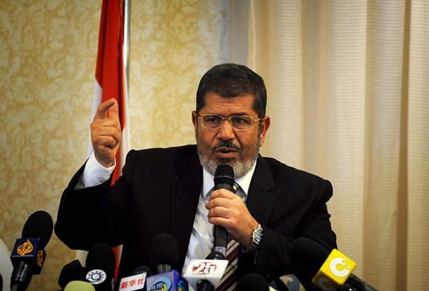 Mursi'nin danışmanı istifa etti
