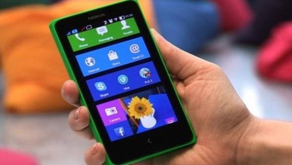 Nokia X piyasaya çıkmadan hack'lendi!