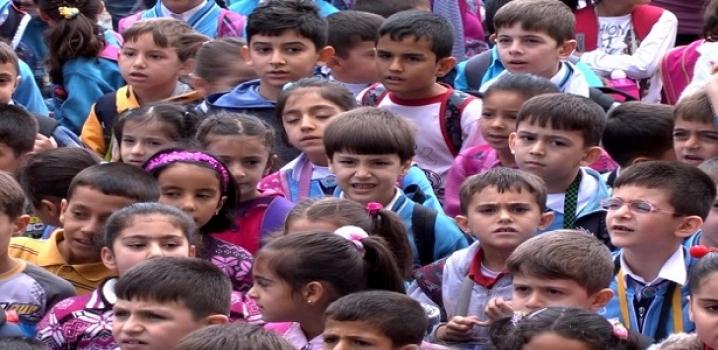 Okul Kıyafetinde Karar Velinin
