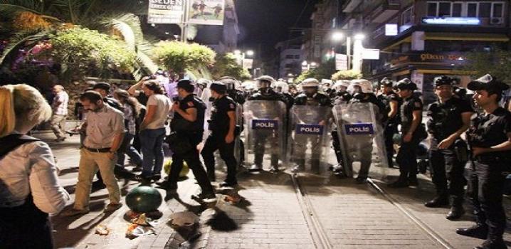 Polis sokak sokak eylemci aradı...
