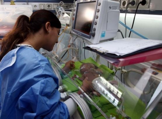 Prematüre bebekler artık daha şanslı