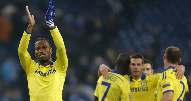 Premier Lig'in şampiyonu Drogba'lı Chelsea!
