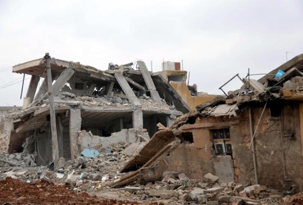 Rejim Deraya'ya saldırıyor
