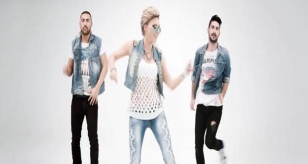Rus şarkıcı Zvezda, Müslüm Gürses hayranı çıktı
