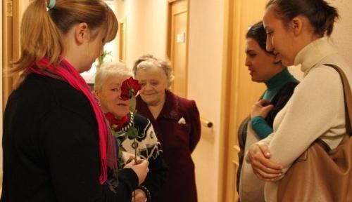 Rus-Türk Kültür Merkezinden yaşlılara konser