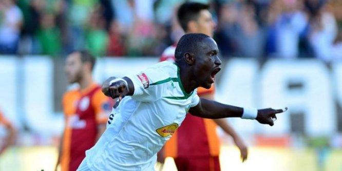 Senegalli, Galatasaray için İstanbul'a geldi
