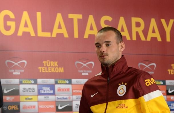 Sneijder kamp kadrosunda