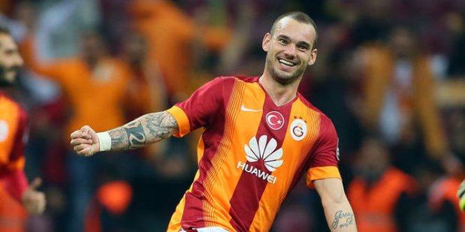 Sneijder'in menajerinden şok sözler!