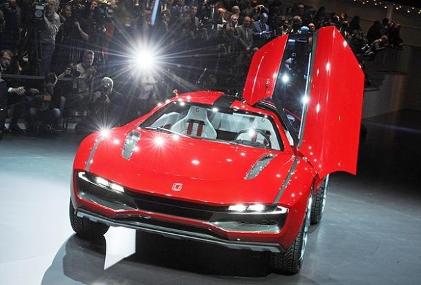 Son model otomobiller görüceye çıktı