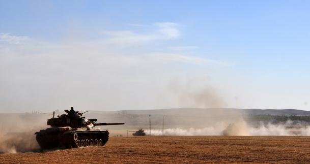 Suriye sınırında askeri tatbikat