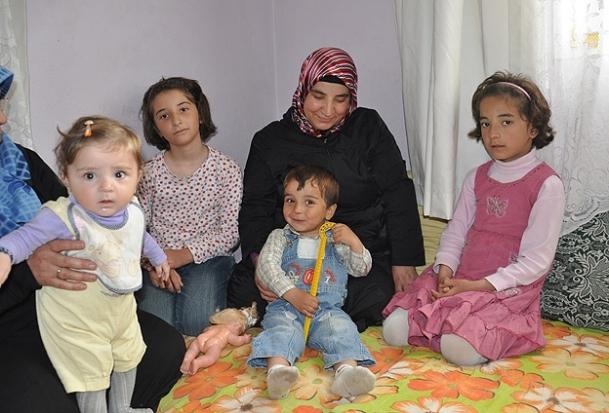 Suriyeli Sümeyye öğretmenin ''umut yolculuğu''