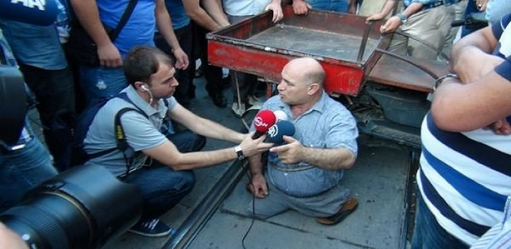 Taksim'de sıradışı eylem