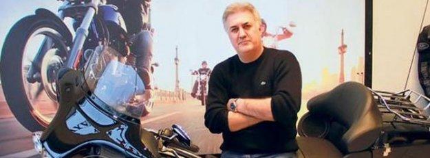Tamer Karadağlı motorsikletiyle trafik kazası geçirdi