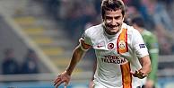 Başakşehirspor Galatasarayın yıldızı ile anlaştı