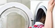 Çamaşır makinesinde korkunç ölüm!