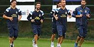 Fenerbahçe'de Emenike ve Emre idmana çıkmadı