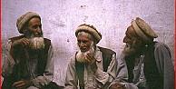 Kim Bu Yaşlı Adamlar ?