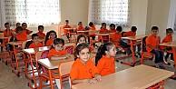 Kürtçe okulun mührü söküldü!
