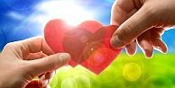 Sevdiğinizin Size Karşı İlgisini Test Edin!