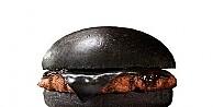 Siyah hamburger gördünüz mü?