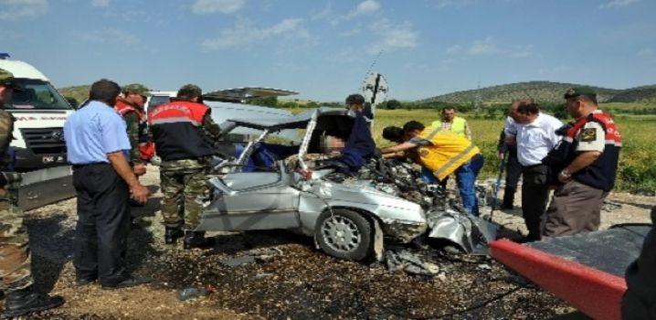 Tokat'ta Trafik Kazası: 2 Ölü, 3 Yaralı