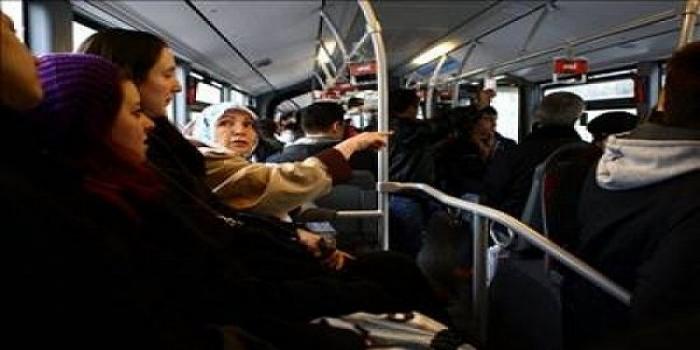 Toplu Taşıma Araçlarında Hayatta Kalma Rehberi