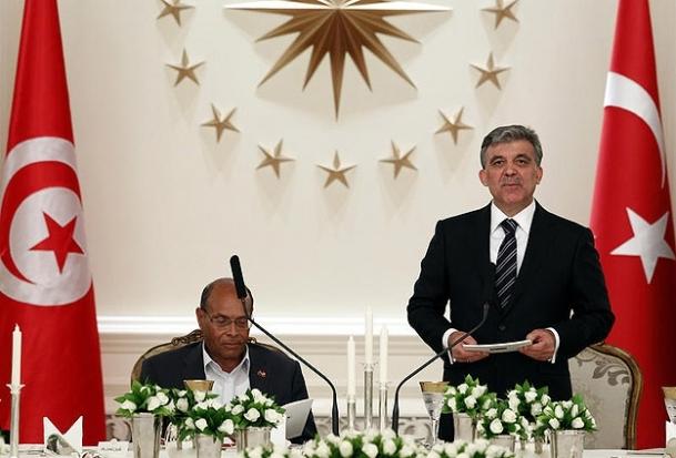 Tunus demokratik olgunluğunu ispatladı