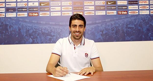 Turgut Doğan Şahin resmen Trabzonspor'da