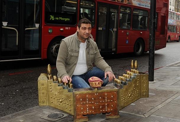 Türk ayakkabı boyacısının vize zaferi