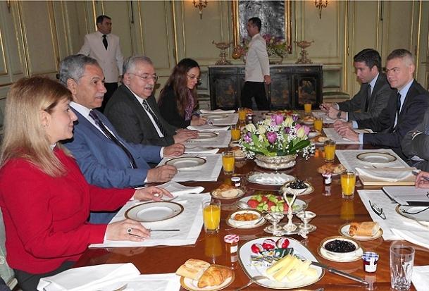 Türk dostluk grubu başkanlarıyla bir araya geldi