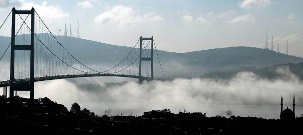 Üçüncü köprünün temelleri