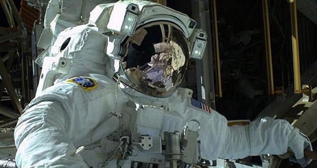 Uzay yürüyüşü tamamlandı