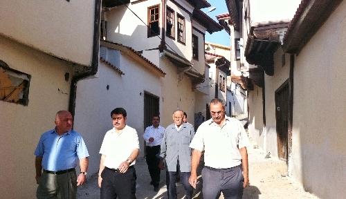 Vali Şahin, restore edilen eski Malatya Evleri'ni inceledi