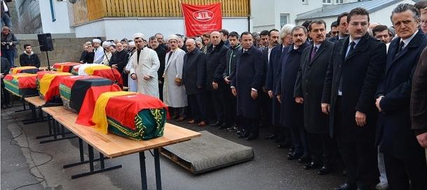 Yangında ölenler için cenaze namazı kılındı