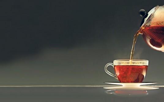 Yemekten hemen sonra içilen çay zararlı!